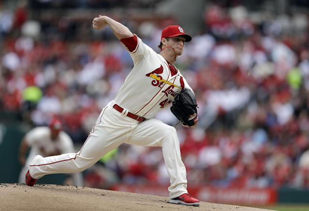 St. Louis Cardinals starting pitcher Shelby Miller throws during the first inning of a baseball game against the Atlanta Braves on Saturday, May 17, 2014, in St. Louis. (AP Photo/Jeff Roberson)