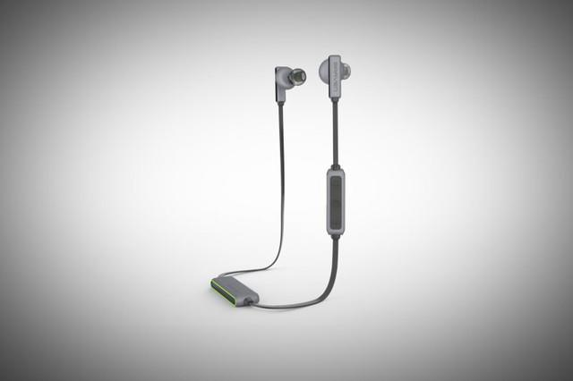 braven flye sport wireless in ears ces