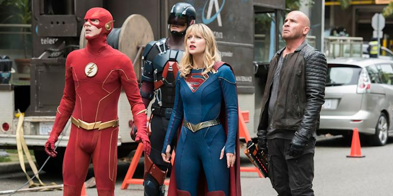 Crisis on Infinite Earths: Behind-the-Scenes Photos of that Epic DCEU Cameo