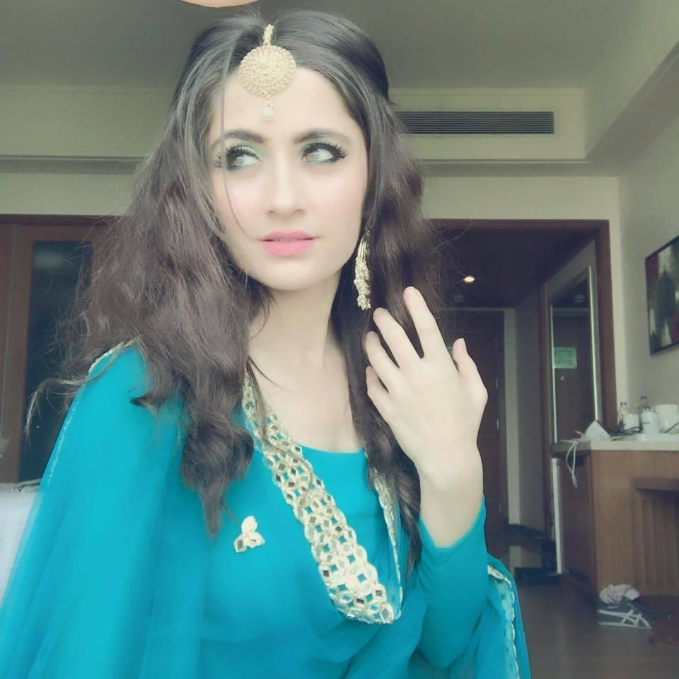 <p>Owner of unarguably one of the most angelic faces of small screen today, Sanjeeda tried her luck on the big screen before turning TVward, but things didn't work in her favor there. You may find her as one among the many teen fans of Amitabh Bachchan who would fondly surround him at the café in the movie Baghbaan. She clearly outshone others in the crowd in the song, <em>Chali chali phir chali chali.</em> </p>