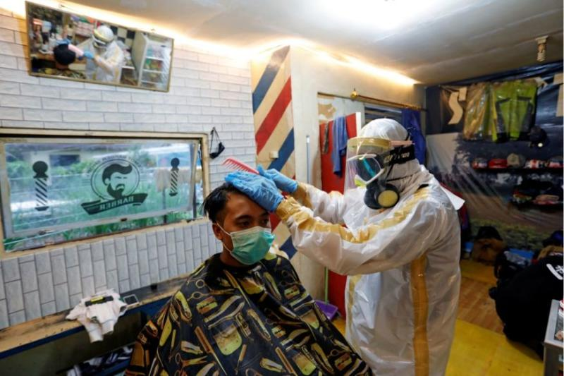 To Cut or Not to Cut? In US, Virus Quarantine is Slowing Down Everything Except Hair Growth