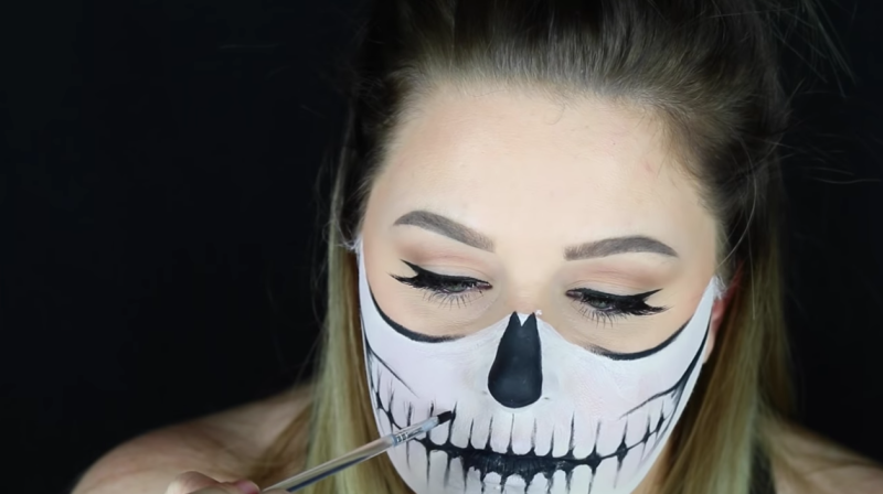 You Can Recreate This Skeleton Face Paint Look in 5 Easy Steps