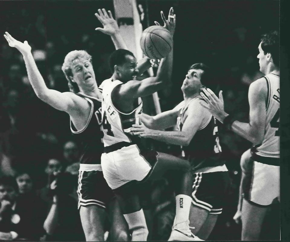 Bucks guard Sidney Moncrief and the Bucks were eliminated by Larry Bird (left), Kevin McHale and the Boston Celtics in five games in the 1986 Eastern Conference finals.