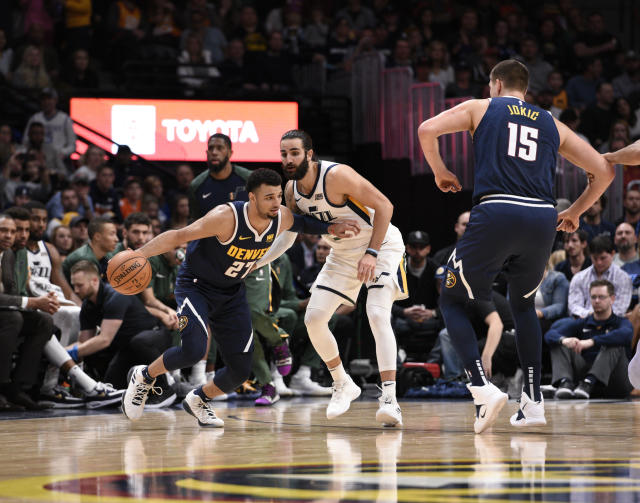 Jamal Murray went off for 48 points to help the Denver Nuggets stay 6-0 at home. (EFE/Todd Pierson)