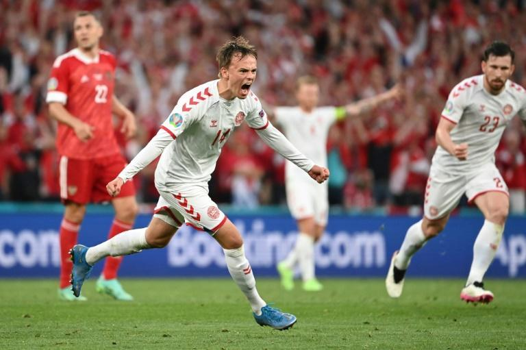 Mikkel Damsgaard curled in a wonderful goal for Denmark as they got their first points of the tournament against Russia