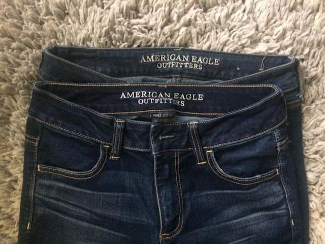 Which pair of pants from American Eagle is bigger? (Photo: Riley Bodley/Facebook)