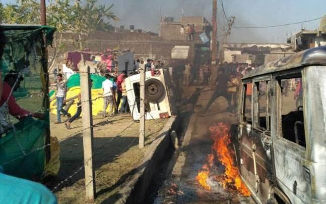 Madhya Pradesh: Anti-liquor campaign led by women turns violent; vehicles, shops torched