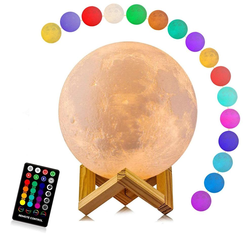 <p>How cool is this decorative <span>Logrotate Moon Lamp</span> ($20 - $38)? Get it for your bedroom or bathroom.</p>