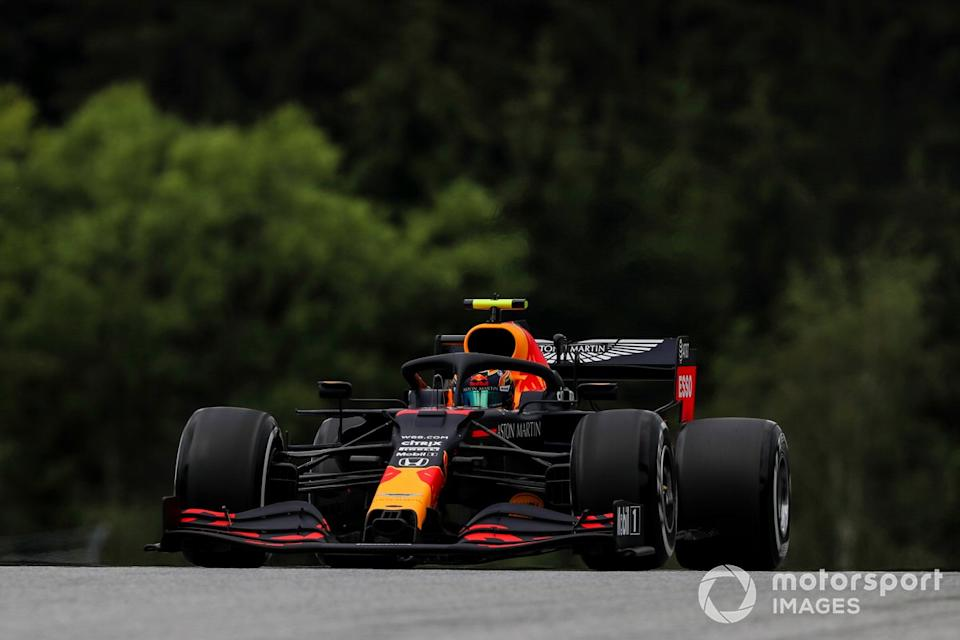 """Alex Albon, Red Bull Racing RB16 <span class=""""copyright"""">Charles Coates / Motorsport Images</span>"""