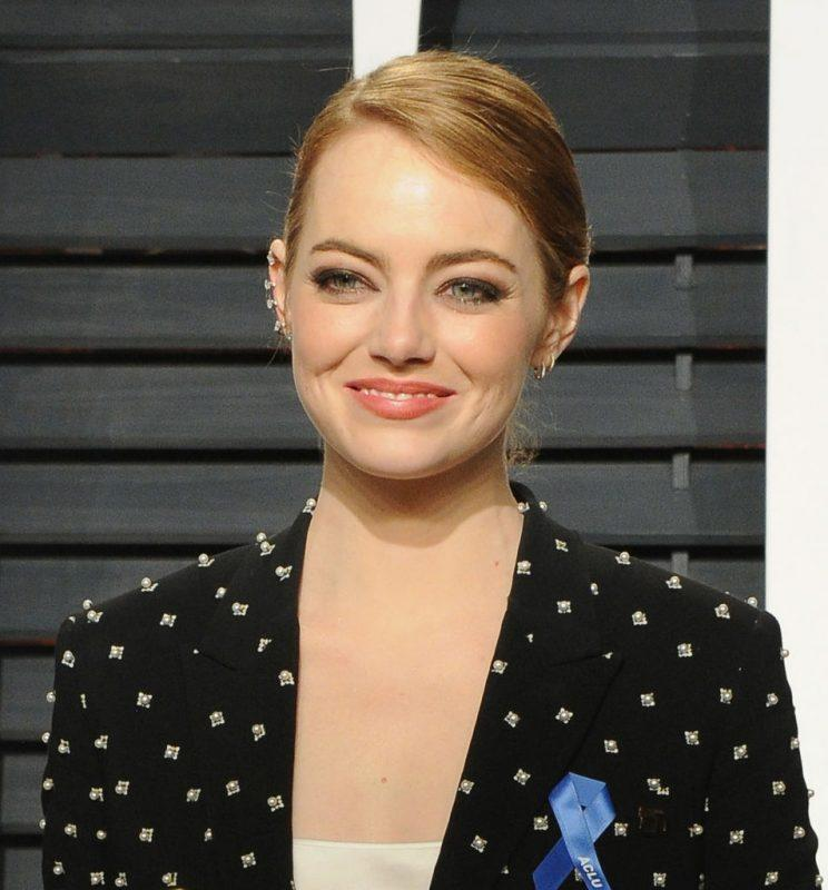 Emma Stone didn't attend Jacob Staudenmaier's prom, but she did send him a thoughtful gift. (Photo: Getty Images)