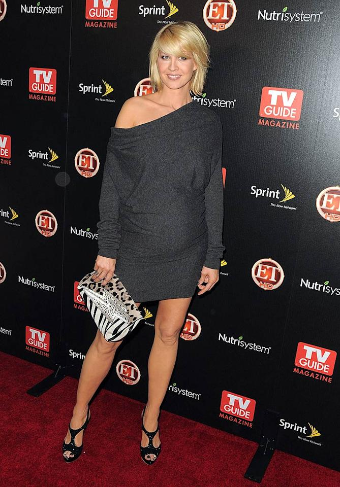 """Accidentally on Purpose"" star Jenna Elfman walked the red carpet for two. Jordan Strauss/<a href=""http://www.wireimage.com"" target=""new"">WireImage.com</a> - November 10, 2009"
