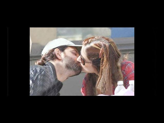 Bollywood Greek God Hrithik Roshan spotted kissing his wife Suzanne at an ice cream parlour in the US!