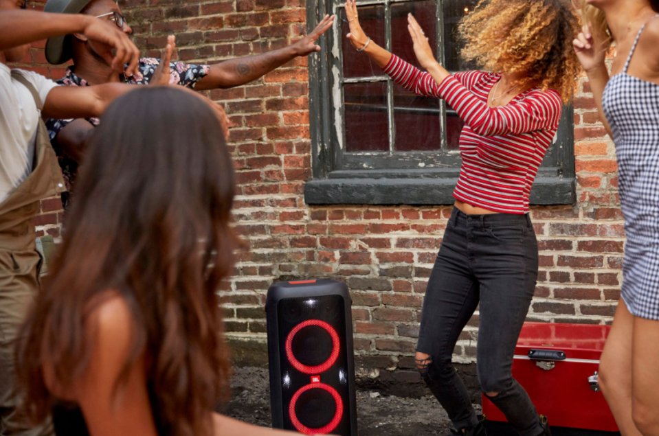 Save $250 on this JBL Partybox 300 speaker — plus more of this week's top deals (Photo via Best Buy Canada)