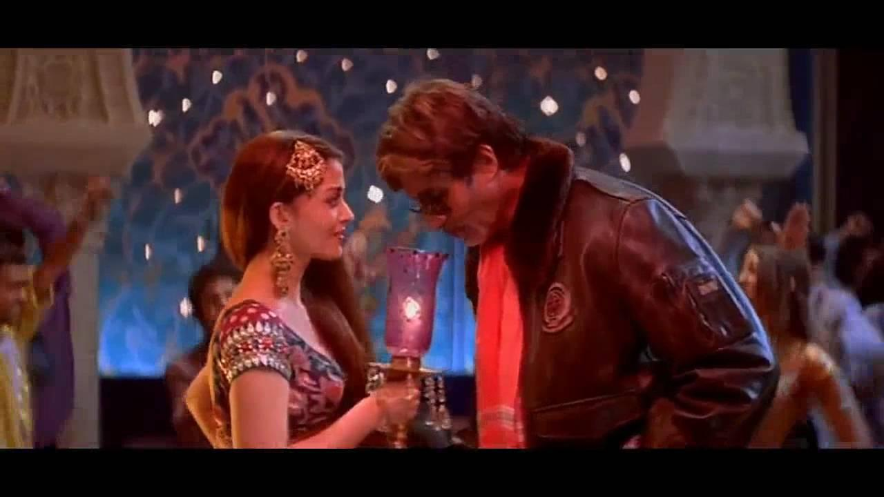 <p>Leave it to Aishwarya Rai and she will make the Bachchan Senior and the junior get into a war and in retrospect one might find it cringeworthy, but this was well ahead of the Rai-Bachchan wedding and so it works fine. At the end of the day, it's just acting, people. </p>