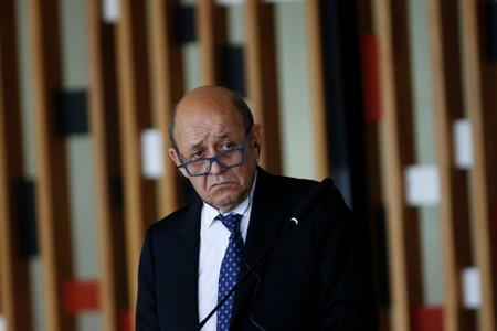 France's Le Drian to go to Iraq to discuss trials for jihadists from Syria