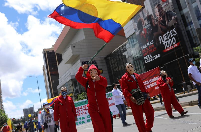 Anti-government demonstrations continue, in Bogota