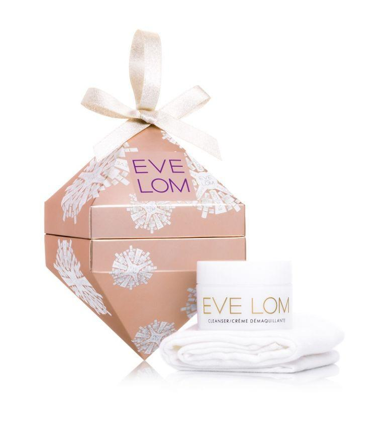 """<p><a rel=""""nofollow noopener"""" href=""""https://www.amazon.co.uk/EVE-LOM-Cleanser-Bauble-Ornament/dp/B075Y3Z6P1"""" target=""""_blank"""" data-ylk=""""slk:Amazon"""" class=""""link rapid-noclick-resp"""">Amazon</a> - £18.24</p><p>Who wouldn't want to uncover one of the beauty sphere's best-loved balm cleansers on Christmas day? Eve Lom's bauble comes complete with a super-soft muslin cloth to put a little luxury into double cleansing your skin. </p>"""