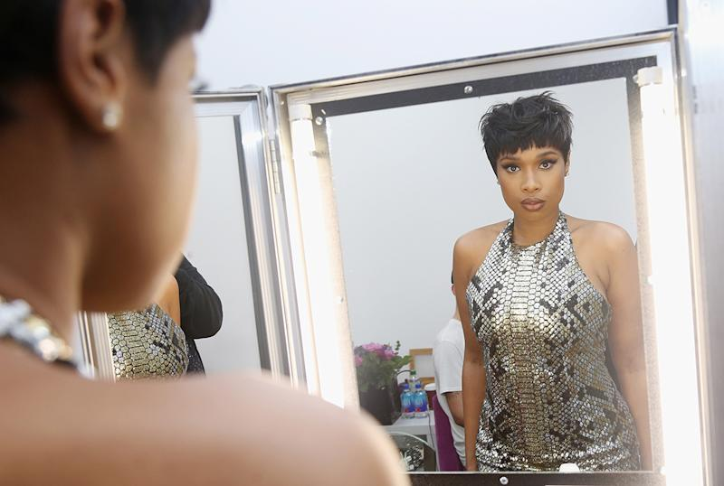 Sometimes Jennifer Hudson is too tired to take her makeup off, just like the rest of us. (Photo: Getty Images)