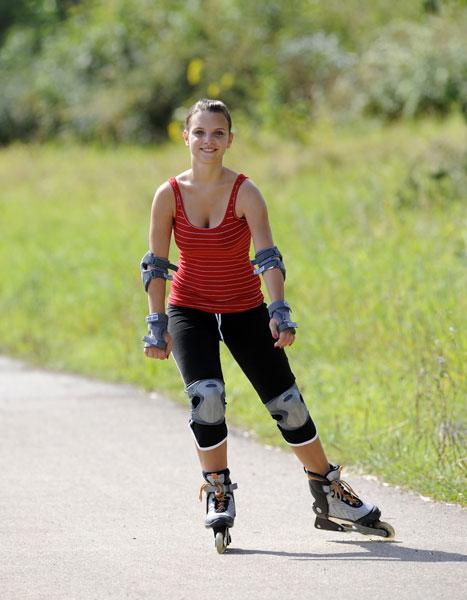 <b>Roller blading </b><br><br>Hop on a pair of roller blades this year to improve your fitness, muscle tone and co-ordination. Just make sure you learn how to stop and start!<br><br>© Rex