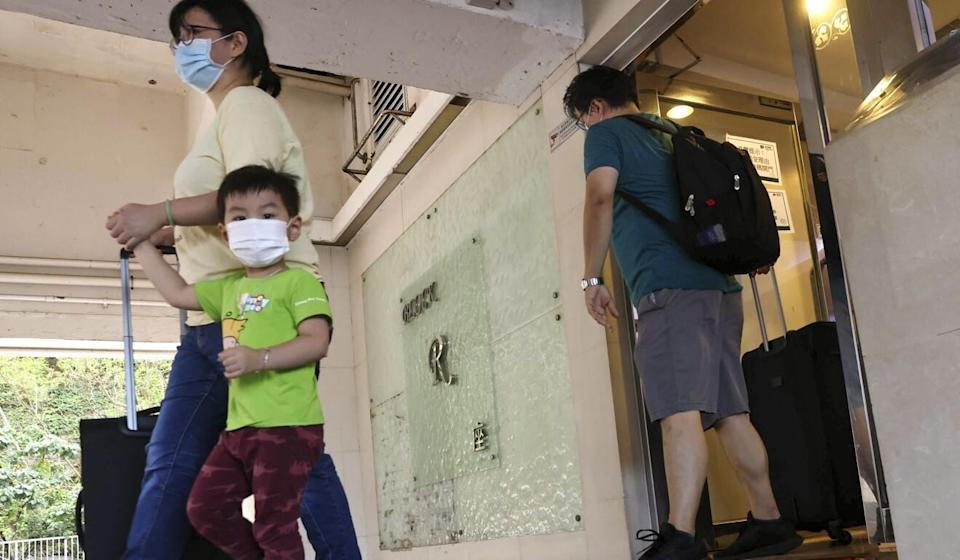 Occupants of more than 200 flats in Block R of Allway Gardens will be evacuated and quarantined. Photo: K. Y. Cheng