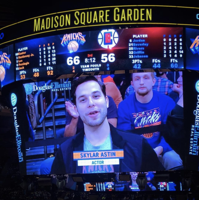 "<p>""Thank you to the @nyknicks for having me @thegarden tonight,"" the <em>Graves</em> star captioned this shot of himself on the Jumbotron. His team beat the Clippers in the end. ""The Mecca was poppin and orange and blue came out on top!"" (Photo: <a href=""https://www.instagram.com/p/BbvfprfDxp_/?taken-by=skylarastin"" rel=""nofollow noopener"" target=""_blank"" data-ylk=""slk:Skylar Astin via Instagram"" class=""link rapid-noclick-resp"">Skylar Astin via Instagram</a>) </p>"