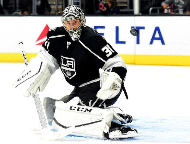"""LOS ANGELES, CA – MARCH 23: <a class=""""link rapid-noclick-resp"""" href=""""/nhl/players/4365/"""" data-ylk=""""slk:Ben Bishop"""">Ben Bishop</a> #31 of the <a class=""""link rapid-noclick-resp"""" href=""""/nhl/teams/los/"""" data-ylk=""""slk:Los Angeles Kings"""">Los Angeles Kings</a> makes a save on a shot from the <a class=""""link rapid-noclick-resp"""" href=""""/nhl/teams/wpg/"""" data-ylk=""""slk:Winnipeg Jets"""">Winnipeg Jets</a> during the third period of a 5-2 Kings win at Staples Center on March 23, 2017 in Los Angeles, California. (Photo by Harry How/Getty Images)"""