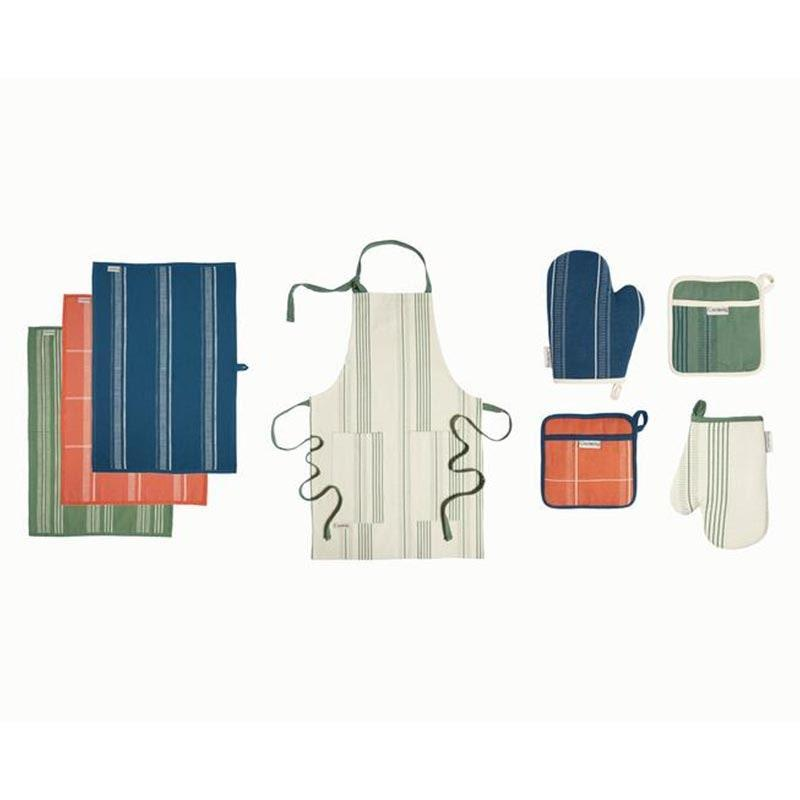 """Kitchen accessories make for classic gifting material, and Caraway's stylish linens set is a stove-to-table dream for the soon-to-be-married couple. $165, Caraway. <a href=""""https://www.carawayhome.com/products/linens-set?variant=32125722886226"""" rel=""""nofollow noopener"""" target=""""_blank"""" data-ylk=""""slk:Get it now!"""" class=""""link rapid-noclick-resp"""">Get it now!</a>"""