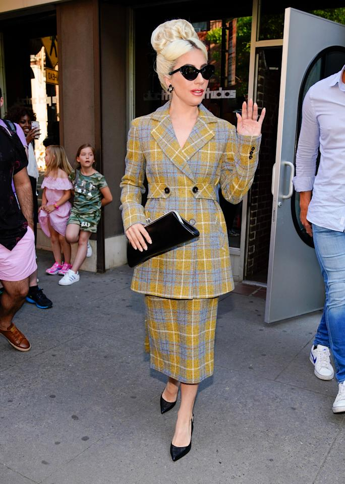 <p>She followed this up with a perfectly Clueless-esque two-piece. [Photo: Getty] </p>