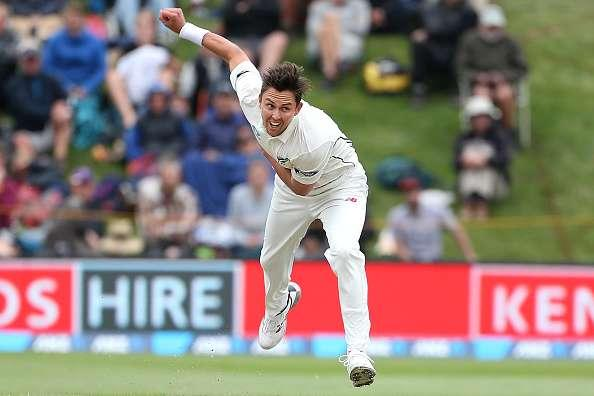 DUNEDIN, NEW ZEALAND - MARCH 10: Trent Boult of New Zealand bowls during day three of the First Test match between New Zealand and South Africa at University Oval on March 10, 2017 in Dunedin, New Zealand. (Photo by Dianne Manson/Getty Images)