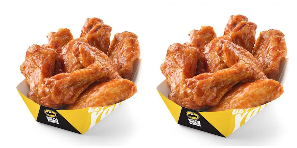 """<p>""""I work at a Buffalo Wild Wings. Don't get anything other than the wings. That's the only <em>quality</em> thing there. Everything else is frozen."""" —<em>HunterOfTheSky</em></p>"""