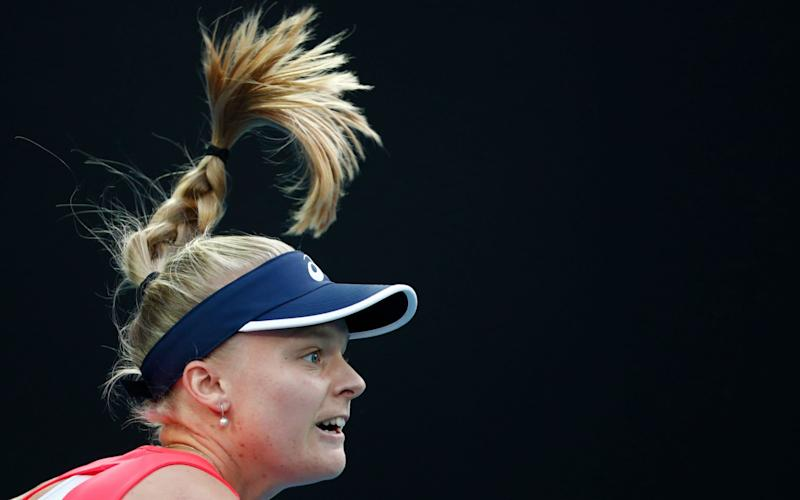 Harriet Dart does her best to trouble Simona Halep - REUTERS
