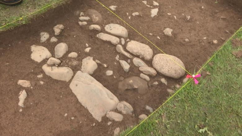 Nova Scotian archeologists dig deep to help buildings go up