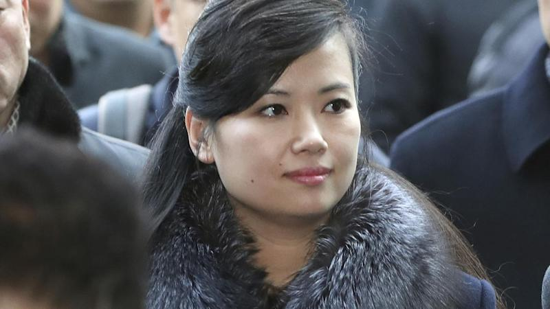 <p>The leader of North Korea's art troupe arrives in Seoul to prepare for next month's Winter Olympics.</p>