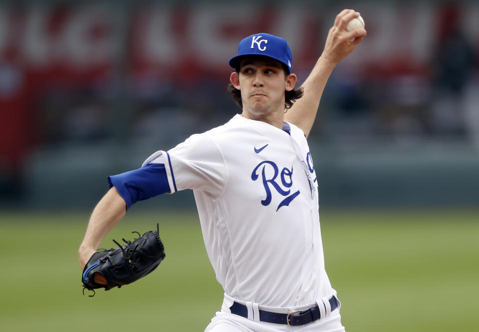 KANSAS CITY, MISSOURI - MAY 08:  Starting pitcher Daniel Lynch #52 of the Kansas City Royals pitches during the 1st inning of the game against the Chicago White Sox at Kauffman Stadium on May 07, 2021 in Kansas City, Missouri.  (Photo by Jamie Squire/Getty Images)