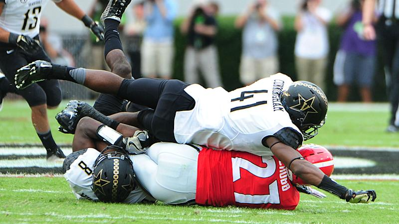 College football's top performers: Big defensive plays highlight early games