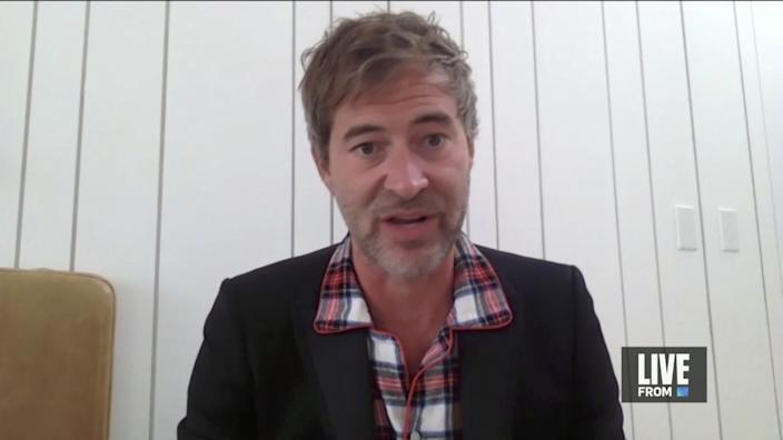 """Nominee Mark Duplass in pajamas in a screengrab from the """"E! Countdown to the Red Carpet"""" show."""
