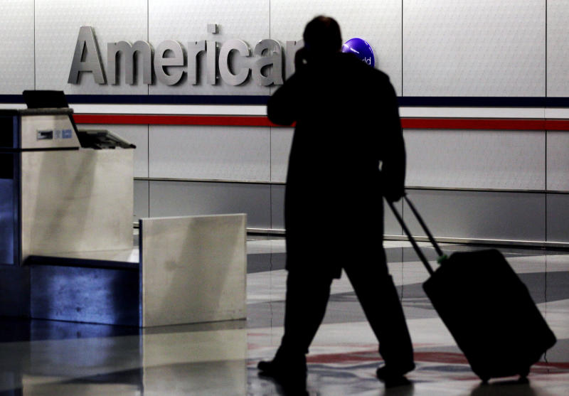 American will favor passengers without roller bags
