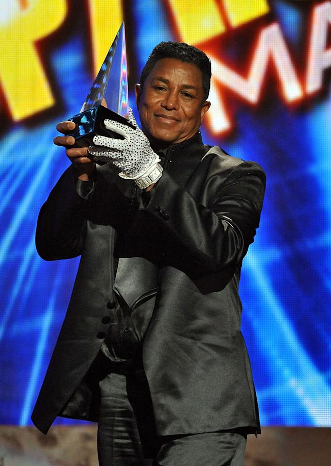 Jermaine Jackson onstage at the 2009 American Music Awards at Nokia Theatre L.A. Live on November 22, 2009 in Los Angeles, California.
