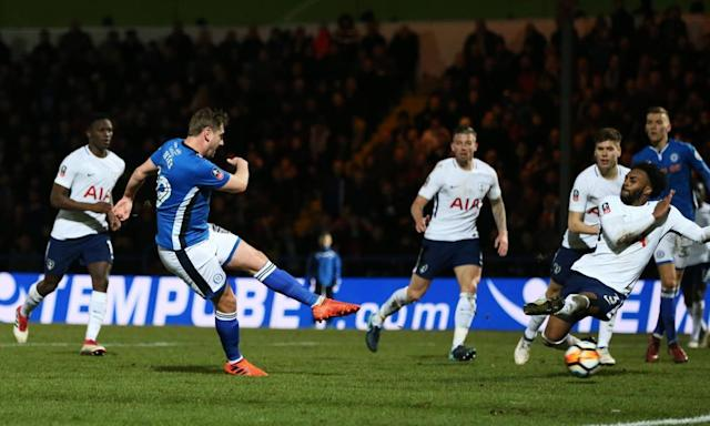 Steve Davies stuns Spurs with late goal to secure replay for Rochdale