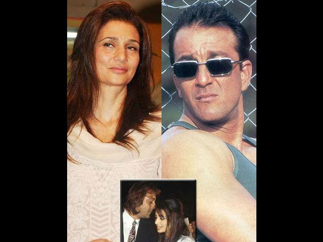<b>Rhea Pillai-Sanjay Dutt </b><br>The Valentine's Day fever did not spare the Bollywood celebrities either. The handsome hunk of the B-Town's glitz and glamour world Sanjay Dutt married his long-time sweetheart Rhea Pillai at a Mumbai temple in a secret wedding on Valentine's Day in 1998. However, they got separated a few years down the line. While Sanjay married Manyata, Rhea found bliss in the arms of tennis ace Leander Paes.