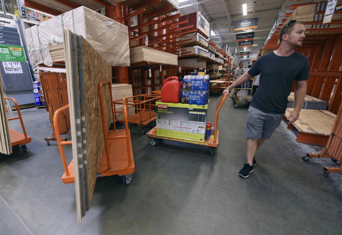 <p>Alex Gilewicz buys supplies at The Home Depot on Monday, Sept. 10, 2018, in Wilmington, N.C. Residents of Wilmington and Southeastern N.C. (Photo: Ken Blevins/The Star-News via AP) </p>