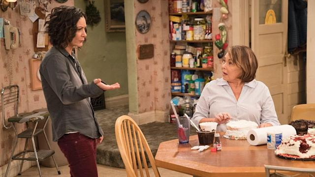 Sara Gilbert and Roseanne Barr in <em>Roseanne</em>. (Photo: ABC)