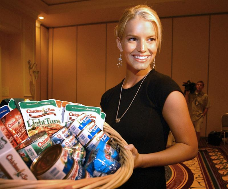 Jessica Simpson Reacts To The Whole Foods Chicken Salad Mixup With