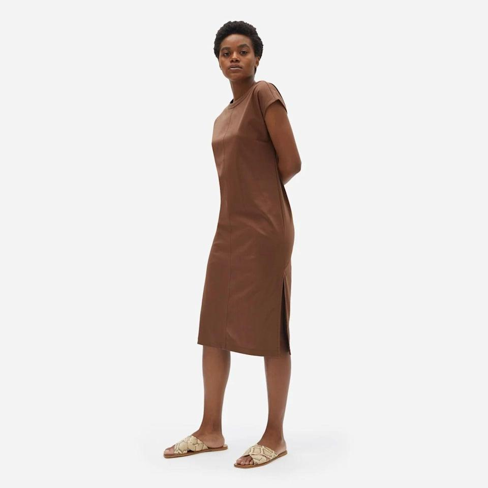 """<h2>Everlane</h2><br>From the masters of simple, just-so design comes the ultimate fall sleeper (literally) — a streamlined t-shirt dress in a """"luxe"""" cotton that's polished enough for daytime wear but looks comfortable enough to <em>actually</em> sleep in. A shopper who dressed the black version of this frock up for an occasion attested to its versatility: """"This is a great LBD that I wore for the first time on my anniversary date night. Paired it with heels and a statement necklace. Love that this can also be casual with sandals or flats and a jean jacket.""""<br><br><strong>Everlane</strong> Luxe Cotton Side-Slit Tee Dress, $, available at <a href=""""https://go.skimresources.com/?id=30283X879131&url=https%3A%2F%2Fwww.everlane.com%2Fproducts%2Fwomens-luxe-ctn-side-slit-dress-chocolate"""" rel=""""nofollow noopener"""" target=""""_blank"""" data-ylk=""""slk:Everlane"""" class=""""link rapid-noclick-resp"""">Everlane</a>"""