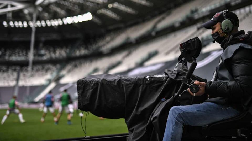 Un cameraman all'Allianz Stadium | MARCO BERTORELLO/Getty Images