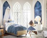 <p>Any little one would be pumped for bedtime if their room looked like this! </p>