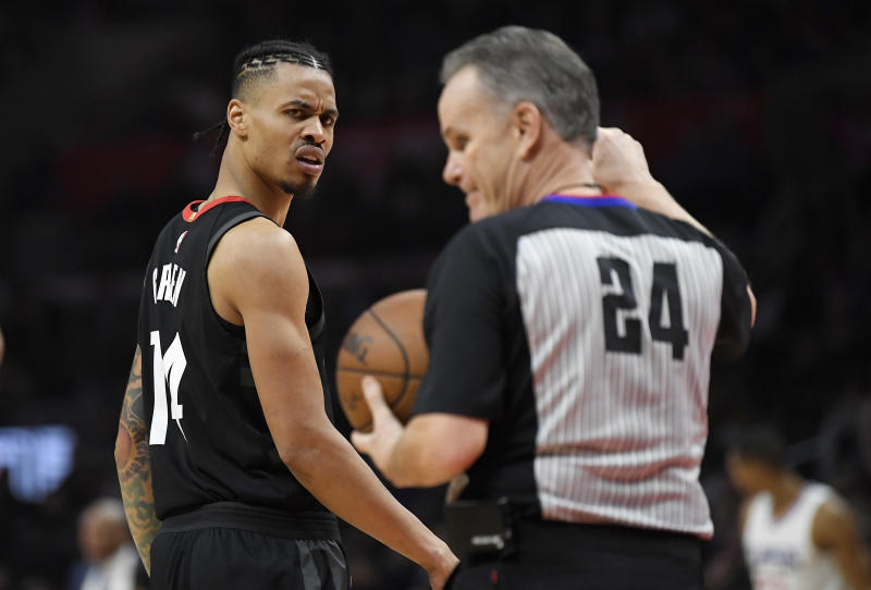 Houston Rockets guard Gerald Green, left, looks at referee Mike Callahan after receiving a technical foul during the second half of an NBA basketball game against the Los Angeles Clippers, Monday, Jan. 15, 2018, in Los Angeles. The Clippers won 113-102. (AP Photo/Mark J. Terrill)
