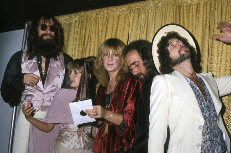 Fleetwood Mac's Mick Fleetwood, Stevie Nicks, Christine Mcvie, John Mcvie, and Lindsey Buckingham at the American Music Awards in 1978 (Photo: Phil Roach/Ipol/Globe/Mediapunch/IPX)