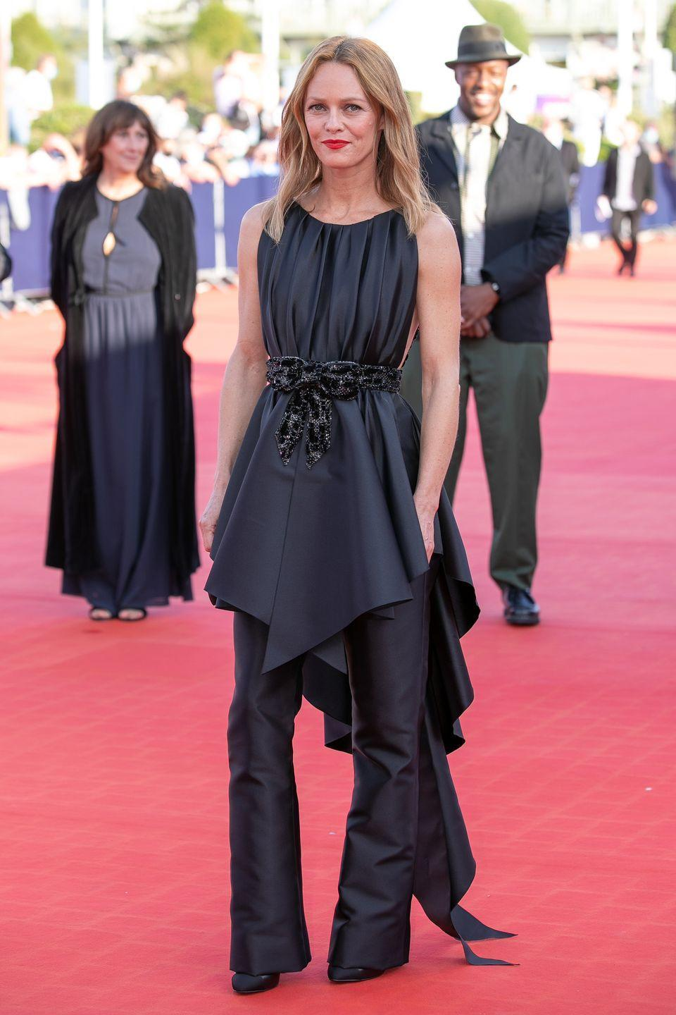 <p><strong>12 September </strong>Vanessa Paradis wore a chic Chanel look, consisting of flared trousers and a flowing top, to the closing ceremony of the Deauville Film Festival.</p>