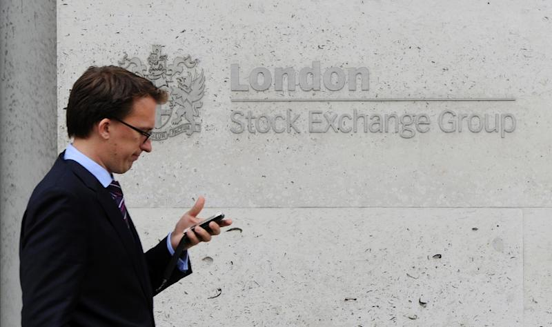 London's benchmark FTSE 100 index finished the day down 0.5 percent